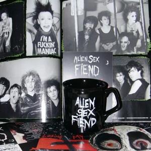 Alien Sex Fiend Fotos und meine Lieblings-Tasse