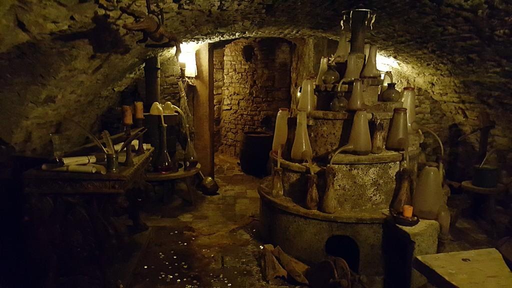 Alchemisten-Keller im Gewölbe des Speculum Alchemiae