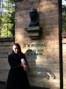 Ich am Grab von F.W. Murnau (Mai 2015)