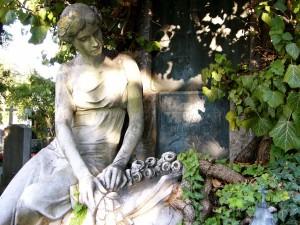 Wien-Zentralfriedhof-Statue