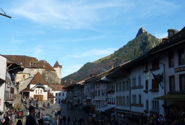 innenstadt-gruyeres-la-gruyere-schweiz