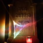 elektronische-nacht-grabsteine