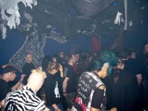 Gothic Pogooooo Party