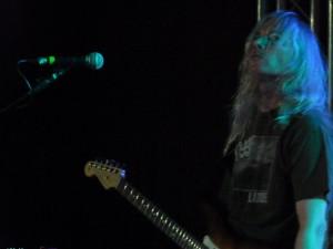 Robert Wilcocks: Gesang + Gitarre