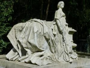 Garantiert auch das Grab einer Berühmtheit.