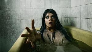 Wie entgeht man einem Zombie in der Badewanne? (Foto: © Elisanth - Fotolia.com)