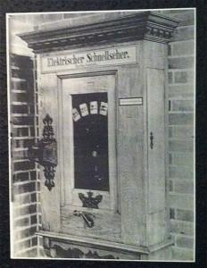 """Der Elektrische Schnellseher - ein öffentlicher """"Kino-Automat"""""""