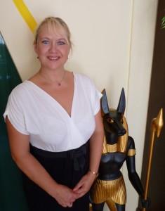 Birgit Nehring mit Anubis