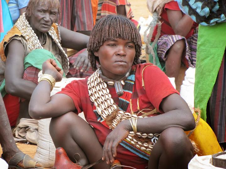 junge Frau vom afrikanischen Stamm der Bana