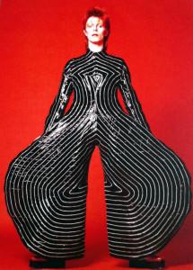 """Der Latexanzug von David Bowie """"Aladdin Sane Tour"""", 1973."""