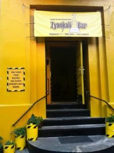 zyankali-bar-eingang