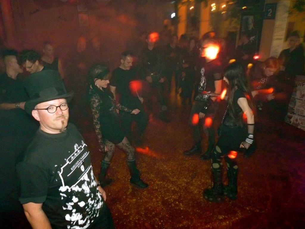 tanzen-elektronische-nacht