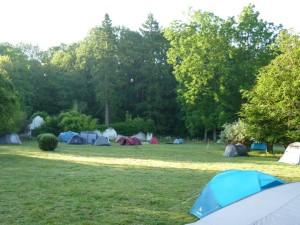Zeltplatz für schwarze Schafe - am Samstagmorgen