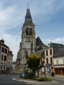 Die Gargoyle-Kirche von Conty