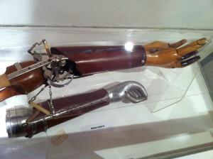 Prothesen: Wiener Dreharm und Motorradarm